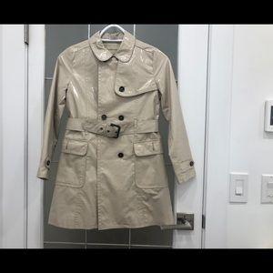 Burberry trench coat / Rain coat
